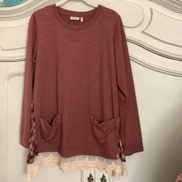 LOGO lace trimmed tunic